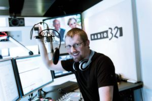 ueli liggenstorfer radio 32 we love the 90s soho 90s nineties neunziger